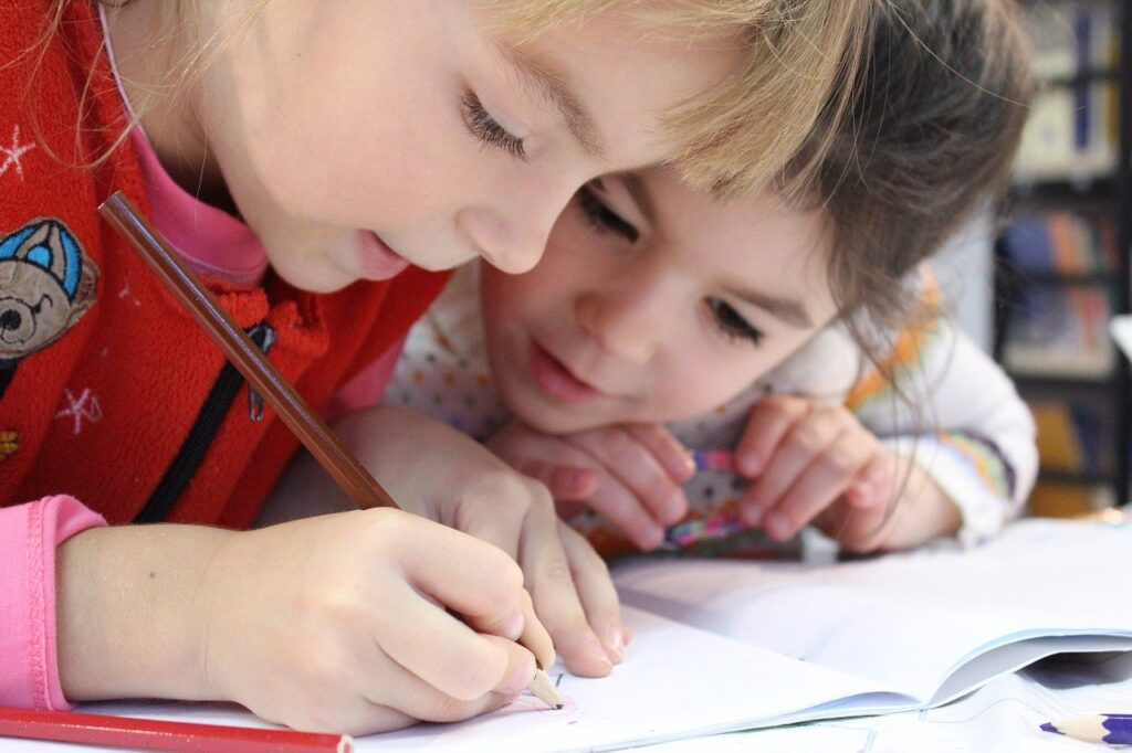 ayudar a un niño a crecer y aprender